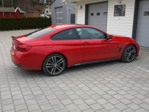 BMW 440i - 326HP + 94HP / 120NM